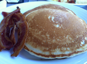 Koa's Seaside Grill: Buttermilk Pancakes and Bacon
